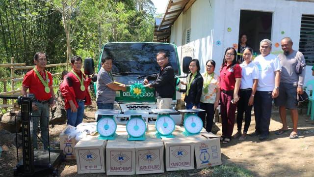 Zamboanga Sibugay coop receives livelihood aid from DAR