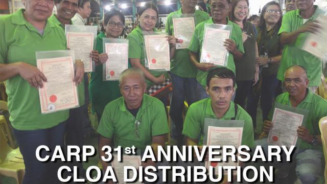 PDu30 graces 31st CARP anniversary, distributes land titles to 46,338 beneficiaries.
