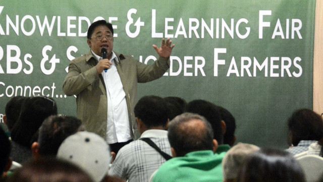 Castriciones imparts value of sharing in learning fair