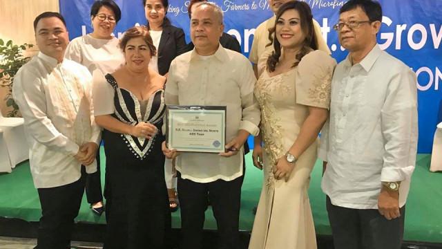 DAR-Davao del Norte brings home 4 awards