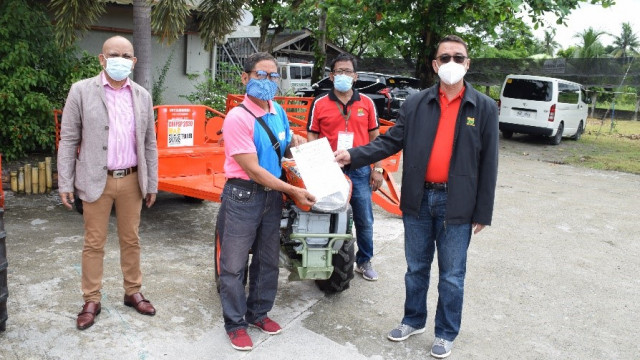 DAR provides P1.3 Million-worth of machineries to farmer-groups in Sultan Kudarat
