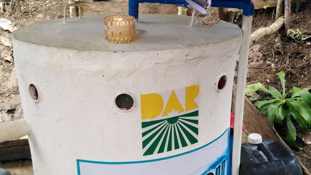 80 ARB Households Receive Iron Removal Filter From DAR Davao del Norte