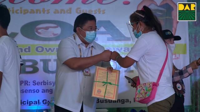 DAR namahagi ng 80 ektaryang lupain sa 102 ARBs ng Busuanga, Palawan.