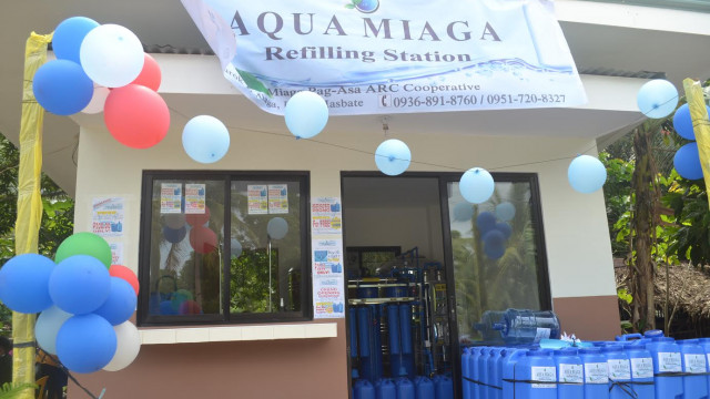 DAR-Masbate turns over P900,000-worth water refilling station to farmer's coop