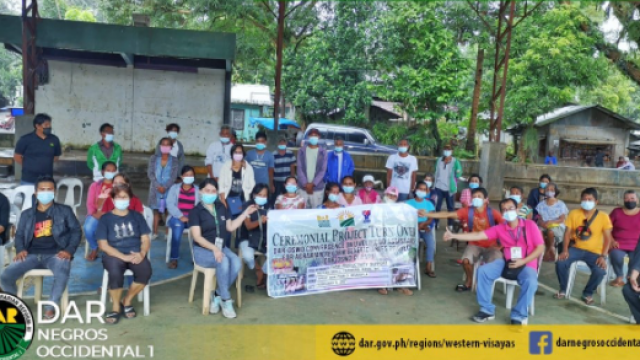 P2.8M livelihood assistance to boost Negros Occidental ARBs' lives