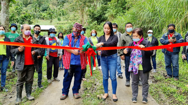Two DAR tire paths to lead Nueva Vizcaya farmers to progress