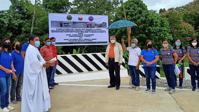 DAR turns over Php 31-M bridge, facility and equipment to improve farmers' lives in Aklan