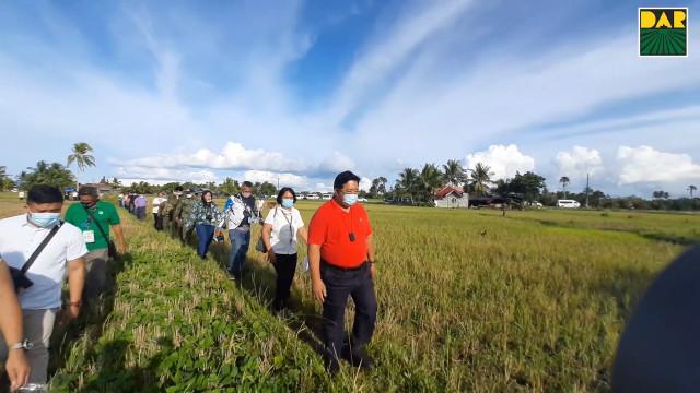 CARP susi sa pag-angat ng kabuhayan, napagtatagumpayan ang mga rebelde.