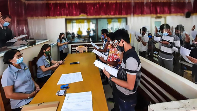 18 farmers in Masbate take oath as agrarian reform beneficiaries