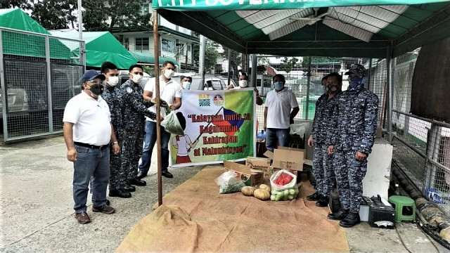 DAR Davao distributes food packages on Independence Day