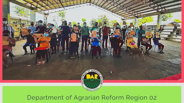 55 farmer-beneficiaries in Isabela receive lands from DAR
