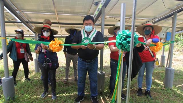 La Union farmers receive solar-powered irrigation from DAR