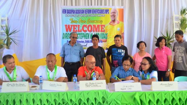 Mindoro farmers receive P5.3 M-worth of farm machineries