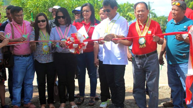Zamboanga farmers boost rice, rubber production with DAR, IFAD project